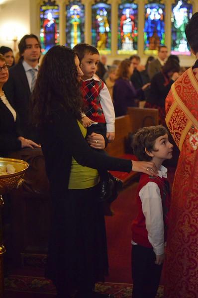 Ordination Fr. John Sakellariou (117).jpg
