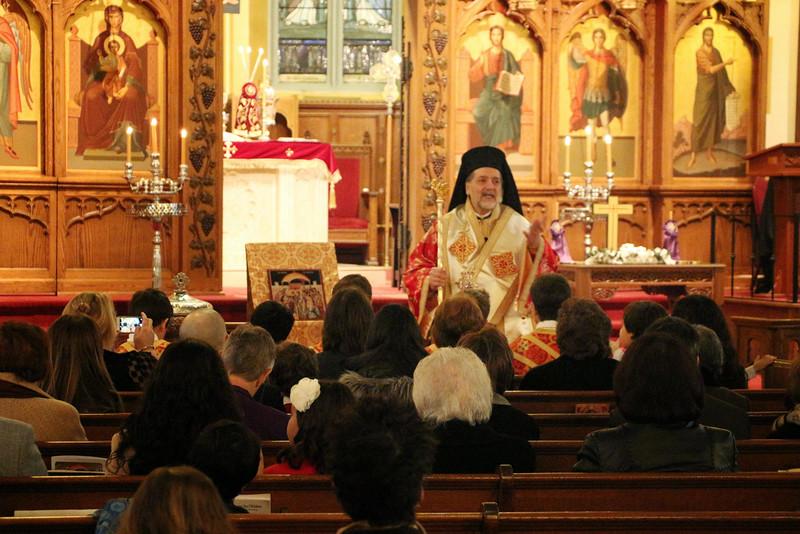 Ordination Fr. John Sakellariou (36).jpg