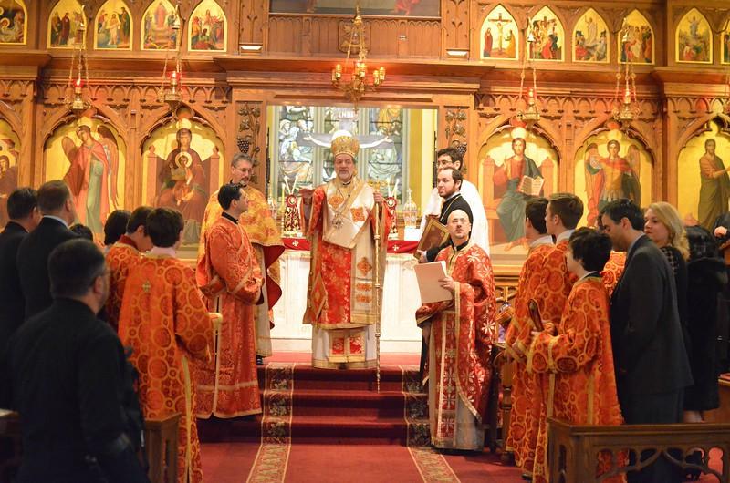 Ordination Fr. John Sakellariou (122).jpg