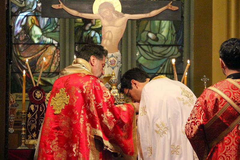 Ordination Fr. John Sakellariou (114).jpg