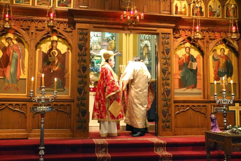 Ordination Fr. John Sakellariou (84).jpg