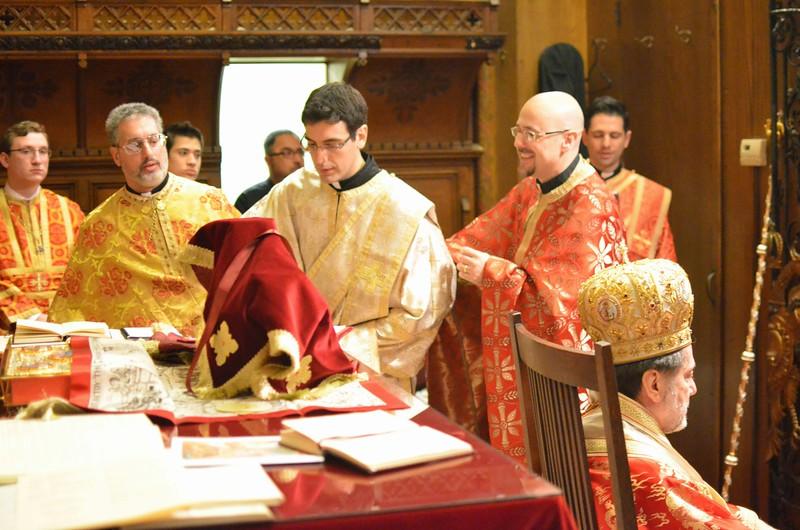 Ordination Fr. John Sakellariou (72).jpg