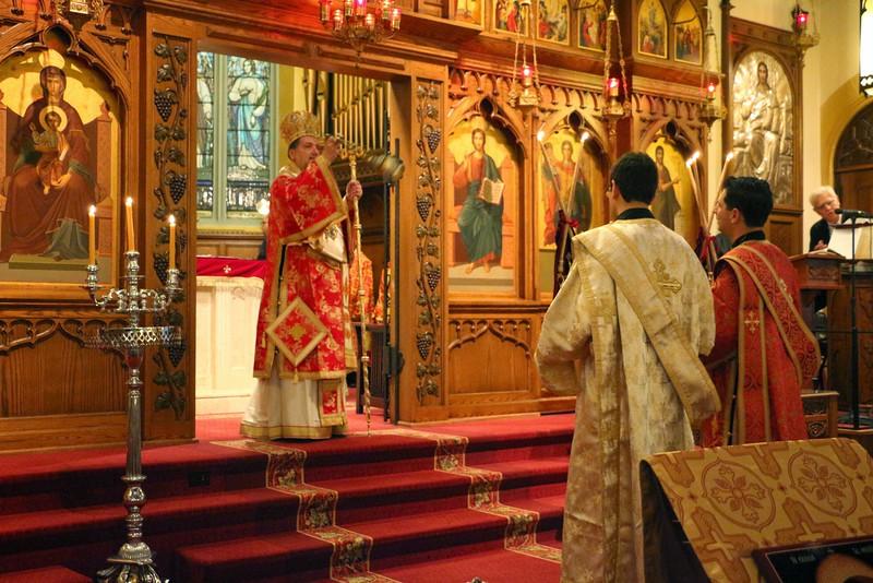 Ordination Fr. John Sakellariou (20).jpg