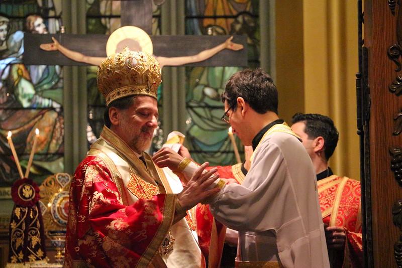 Ordination Fr. John Sakellariou (94).jpg
