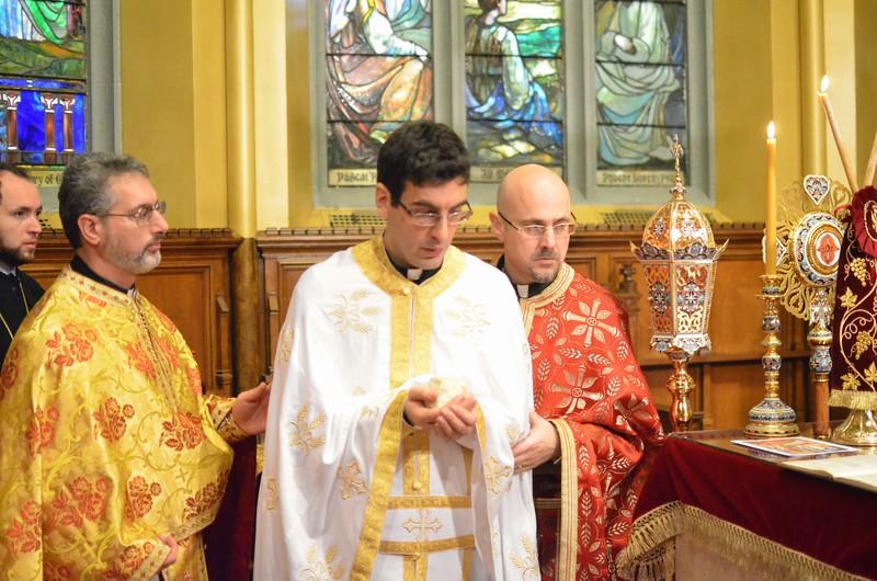 Ordination Fr. John Sakellariou (110).jpg