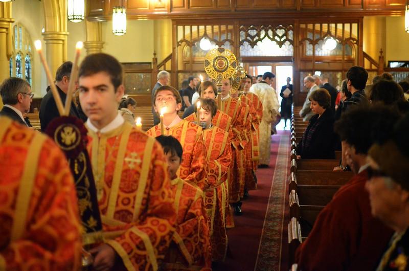 Ordination Fr. John Sakellariou (53).jpg