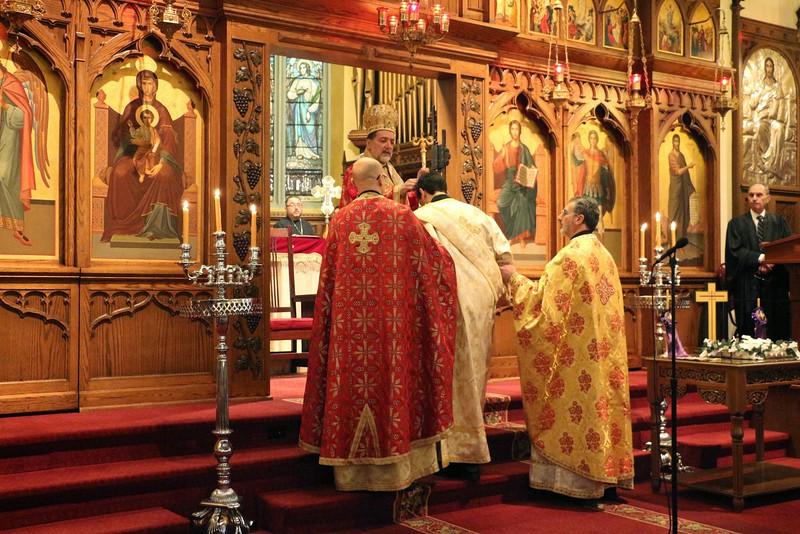 Ordination Fr. John Sakellariou (61).jpg