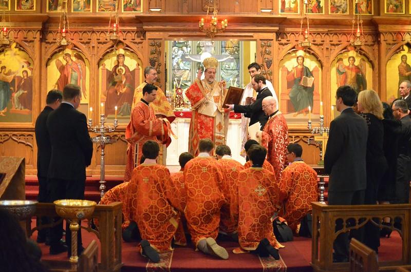 Ordination Fr. John Sakellariou (124).jpg