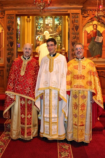 Ordination Fr. John Sakellariou (154).jpg