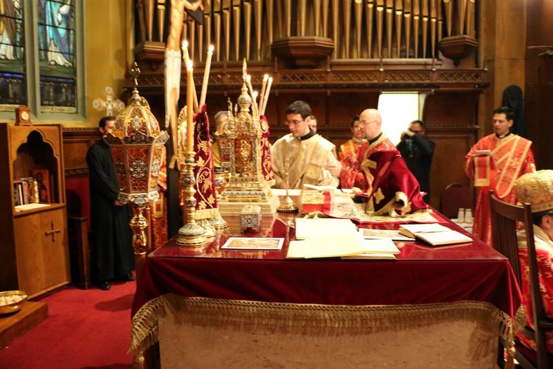 Ordination Fr. John Sakellariou (74).jpg