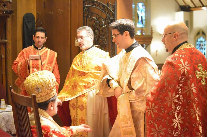 Ordination Fr. John Sakellariou (71).jpg