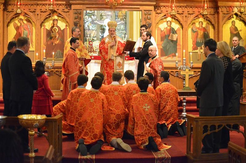 Ordination Fr. John Sakellariou (123).jpg