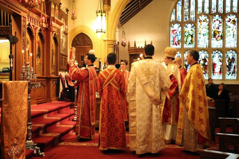 Ordination Fr. John Sakellariou (16).jpg
