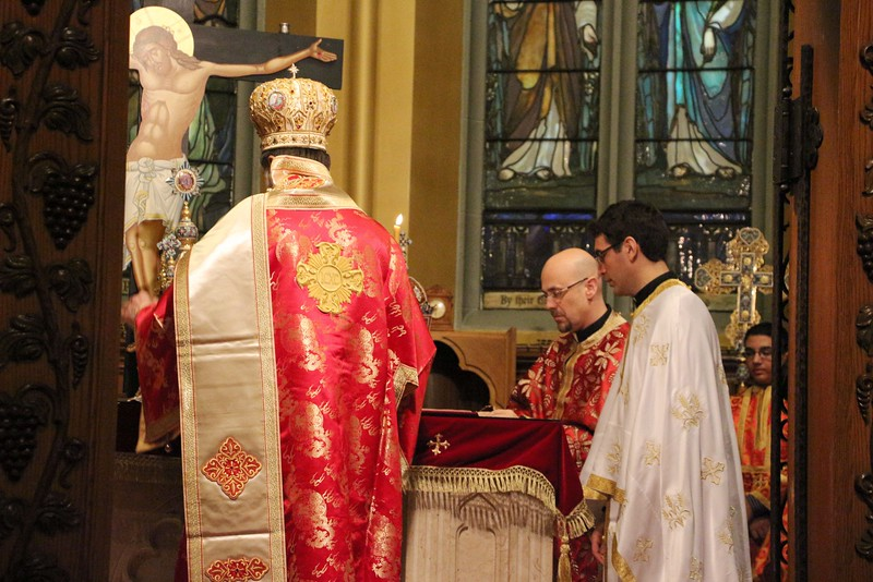 Ordination Fr. John Sakellariou (103).jpg