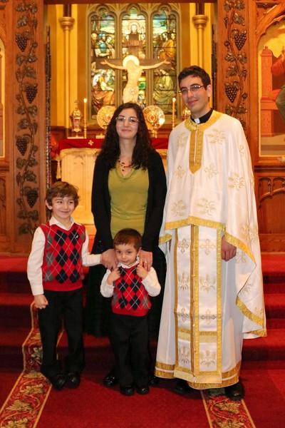 Ordination Fr. John Sakellariou (149).jpg