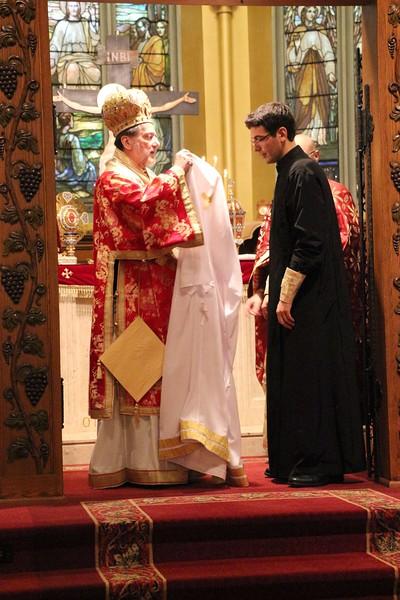 Ordination Fr. John Sakellariou (87).jpg