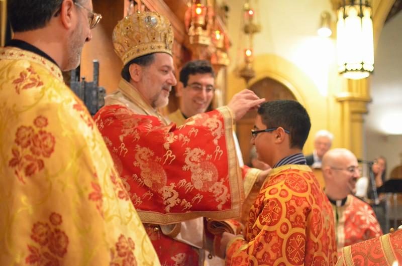 Ordination Fr. John Sakellariou (127).jpg