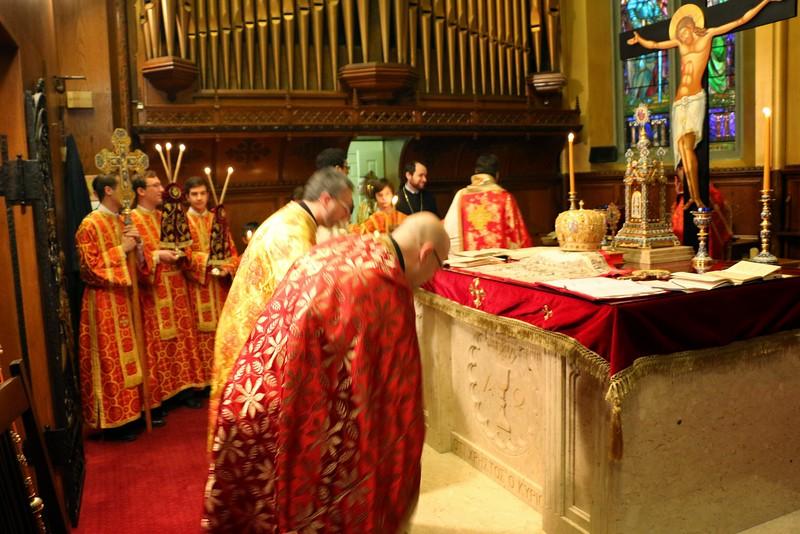 Ordination Fr. John Sakellariou (47).jpg