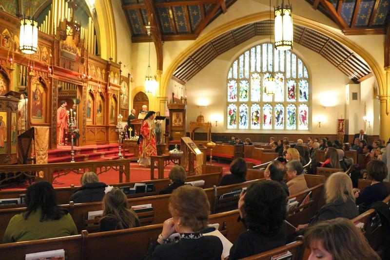 Ordination Fr. John Sakellariou (31).jpg