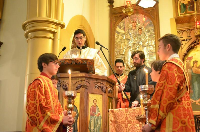 Ordination Fr. John Sakellariou (30).jpg