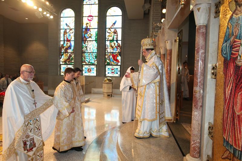 Ordinations Fr. Redmon & Dcn. Sakellariou (92).JPG