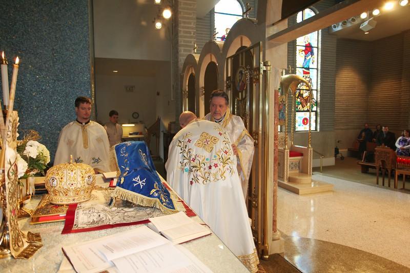 Ordinations Fr. Redmon & Dcn. Sakellariou (137).JPG