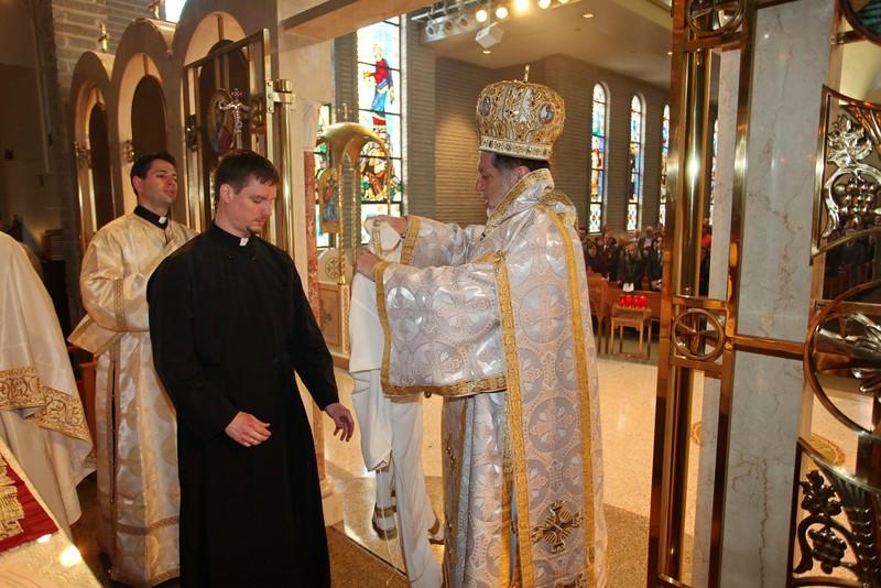 Ordinations Fr. Redmon & Dcn. Sakellariou (116).JPG