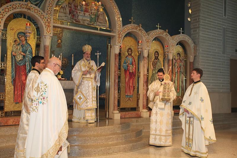 Ordinations Fr. Redmon & Dcn. Sakellariou (211).JPG