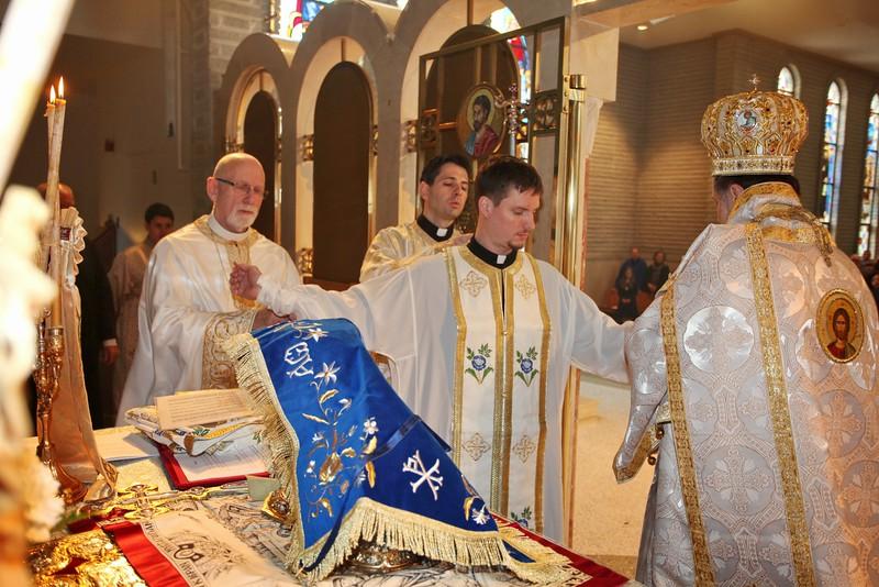 Ordinations Fr. Redmon & Dcn. Sakellariou (118).JPG