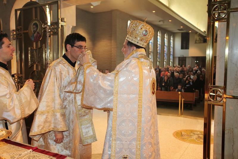 Ordinations Fr. Redmon & Dcn. Sakellariou (170).JPG