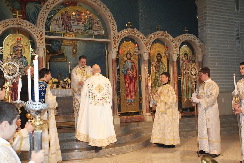 Ordinations Fr. Redmon & Dcn. Sakellariou (88).JPG