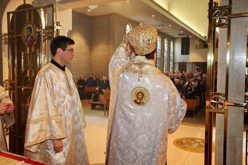 Ordinations Fr. Redmon & Dcn. Sakellariou (169).JPG