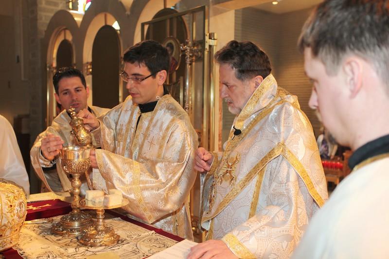 Ordinations Fr. Redmon & Dcn. Sakellariou (177).JPG