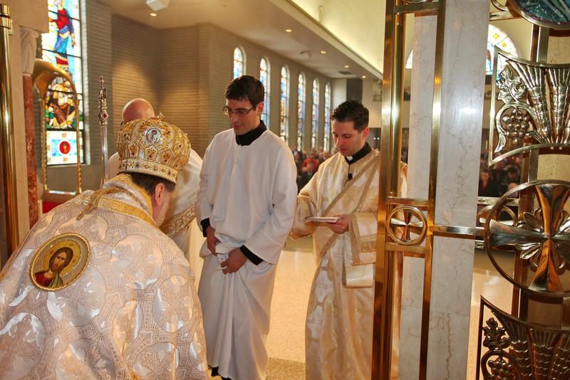 Ordinations Fr. Redmon & Dcn. Sakellariou (151).JPG