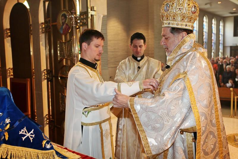 Ordinations Fr. Redmon & Dcn. Sakellariou (122).JPG