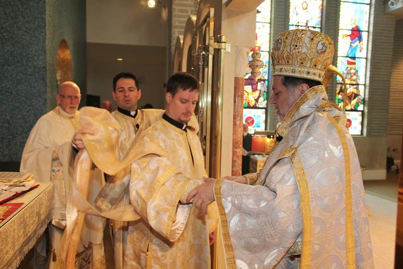 Ordinations Fr. Redmon & Dcn. Sakellariou (113).JPG