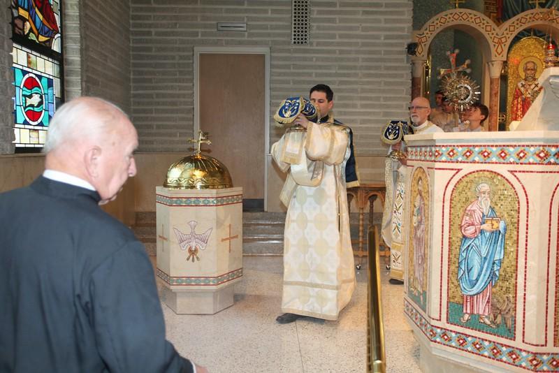 Ordinations Fr. Redmon & Dcn. Sakellariou (73).JPG