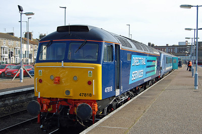 At the other end of the set was 47818, which is seen here waiting to depart from Lowestoft with the 2J73 1057 return to Norwich (24/02/2014)