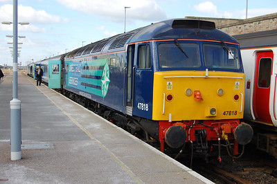 After arriving with 2J70 1005 ex-Norwich, 47818 is pictured on the blocks at Lowestoft (17/03/2014)