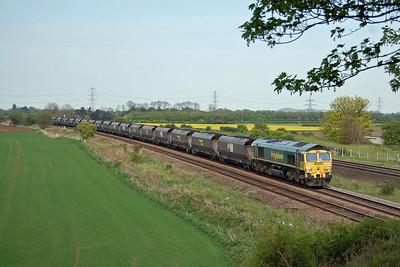 66559 passes Burton Salmon with the 6Y17 1354 Immingham - Ferrybridge loaded coal (03/05/2014)