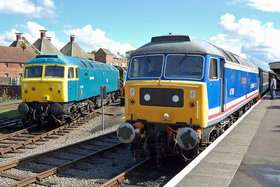 Old friends reunited: 47367 and 47596 pose side-by-side at Dereham, the latter having just arrived with the 1530 from Wymondham Abbey (24/05/2014)