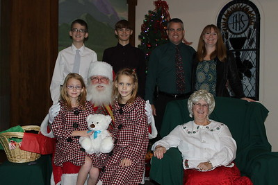 Pictures with Santa and Mrs. Claus 2014