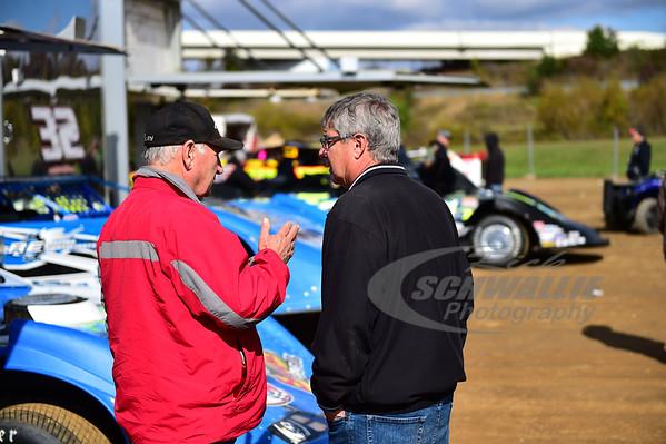 Delmas Conley talks with Steve Baker