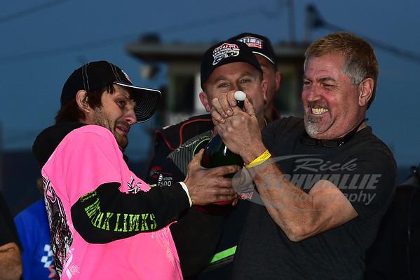 Scott Bloomquist crew members - Cody Mallory and Tony Wiggans