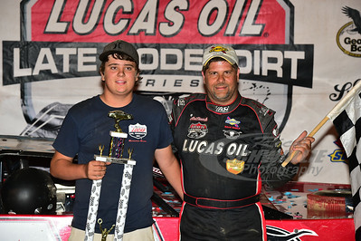 Earl Pearson, Jr. and son Trey in Victory Lane