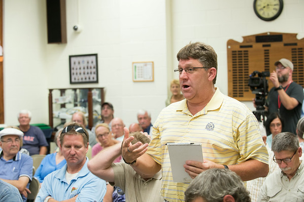 JOED VIERA/STAFF PHOTOGRAPHER-Wilson, NY-Village of Wilson resident Bob Martin shares his opinions during a meeting at Wilson's Town Hall before Tuesday's vote on dissolution  on Thursday, August, 21st.