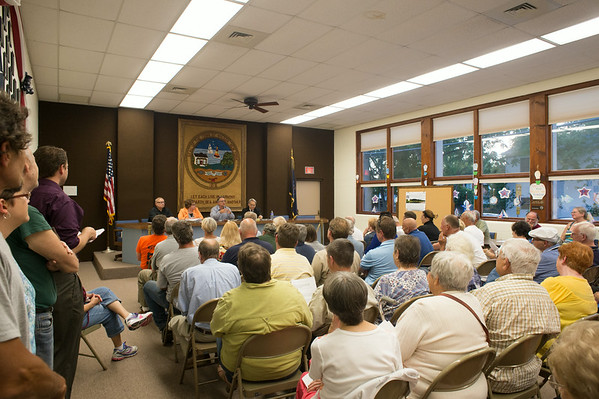 JOED VIERA/STAFF PHOTOGRAPHER-Wilson, NY-Village of Wilson residents pack Wilson's Town Hall during a meeting before Tuesday's vote on dissolution on Thursday, August, 21st.