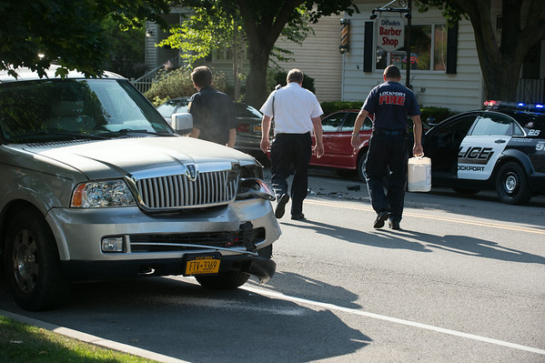 JOED VIERA/STAFF PHOTOGRAPHER-Lockport, NY-A collision on East Avenue on Friday, August, 22nd.