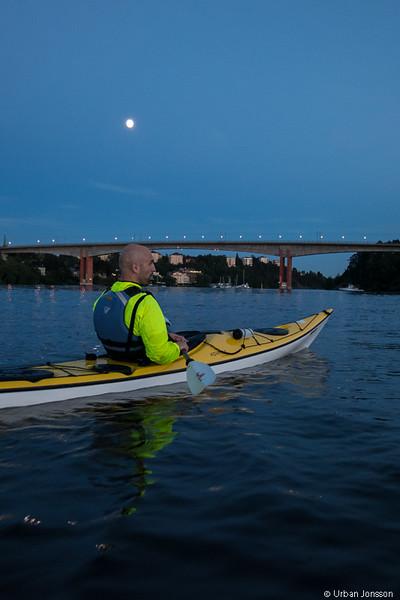 Fin paddling i månsken på slutet.