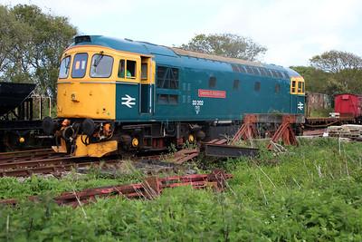 33202 at Norden, passing Eldon sidings on driver training runs.